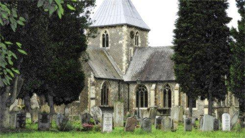 Gräber vor einer Kirche