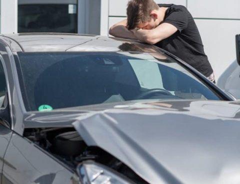 Der Schaden wird durch die Versicherung übernommen, allerdings teilweise vom Unfallflüchtigen zurückgefordert.