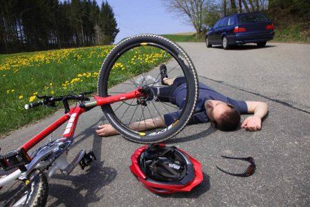 Fahrlässige Körperverletzung bei einem Verkehrsunfall.