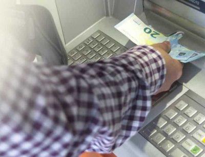 Wer das Geld umgehend abgibt und es der Polizei meldet kann eine Anzeige verhindern.