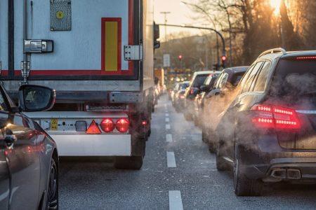 Durch immer mehr Verkehr wird die Luft in großen Städten immer schlechter.