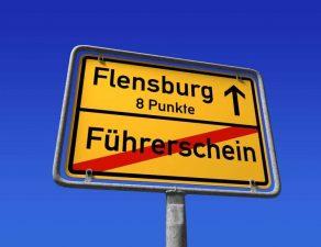 Hinweis: Führerscheinentzug ab 8 Punkten in Flensburg